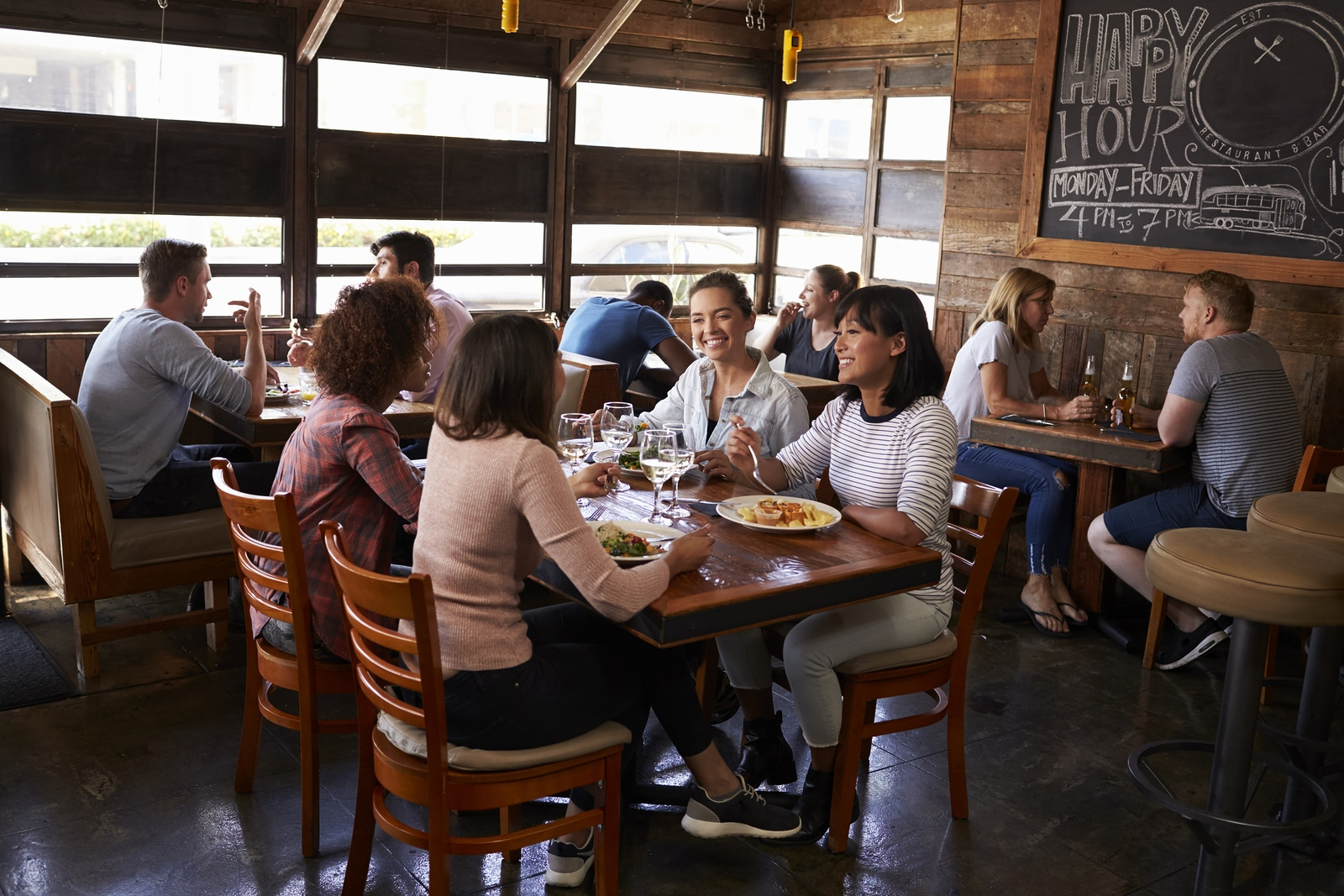 Ensuring the success of your restaurant business in a crowded market